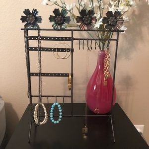 Other - Flower Metal Frame Jewelry Stand- NWOT